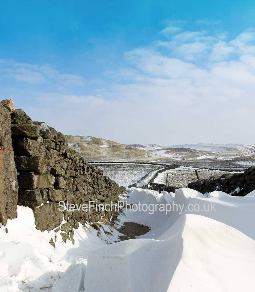 winter in the Dales lingers on
